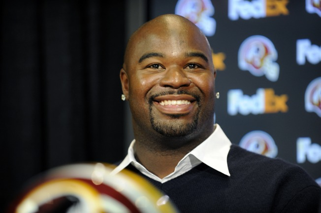 Haynesworth Traded To Patriots: ESPN