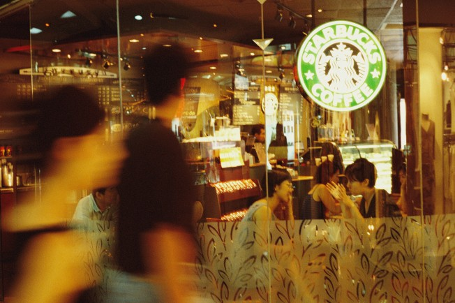 Starbucks to Offer Wine, Macaroni and Cheese
