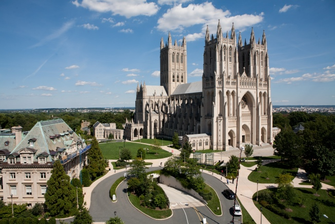 "National Cathedral Continues ""Tower Climb"" Tradition"