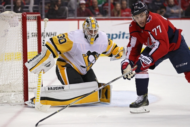 Capitals Hold on to Lead This Time, Beat Penguins in Game 2