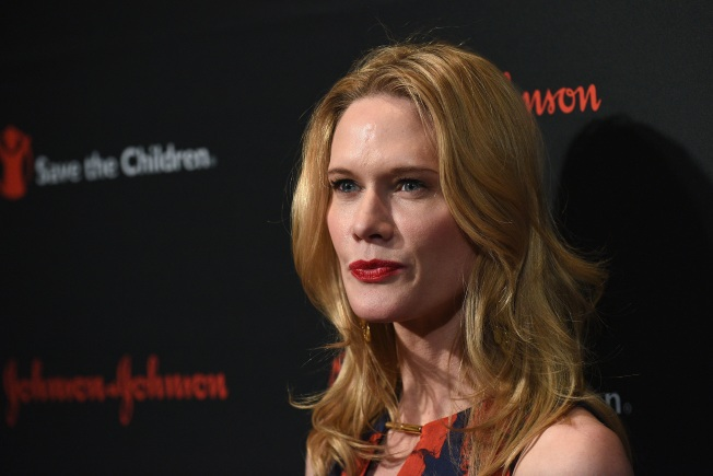 "Stephanie March's Plastic Surgery Nightmare Happened as Marriage to Bobby Flay Was ""Disintegrating"""