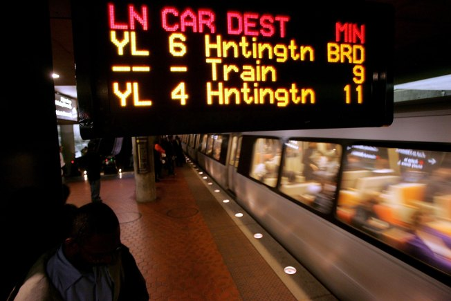 Metro Open Late for Daylight-Saving Time