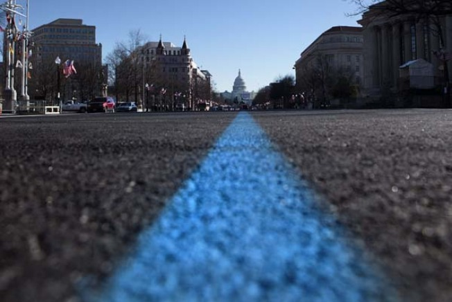 Constitution Avenue to Be Resurfaced