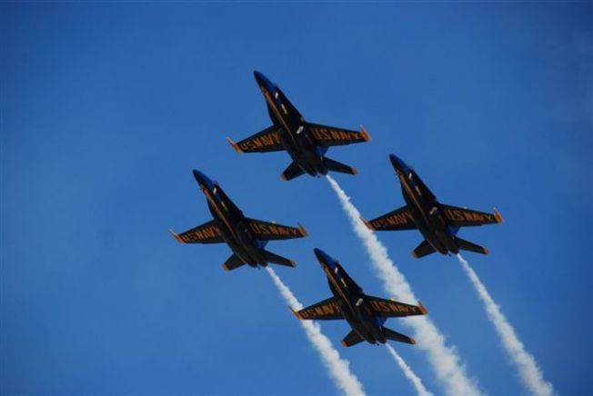 Blue Angels Commander Steps Down After Stunt