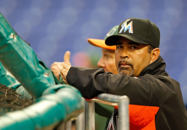 Marlins Manager Guillen Apologizes for Castro Comment