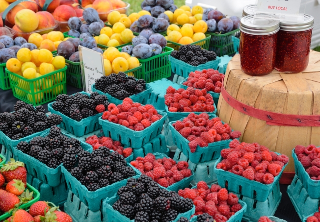 Virginia Promoting Farmers' Markets With New Punch Cards
