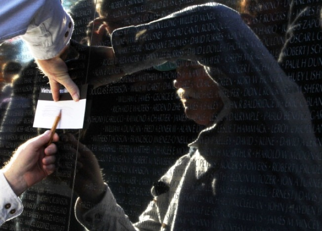 5 Names Added to Vietnam Memorial