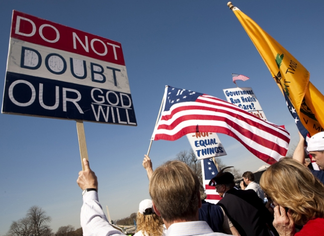Tea Party Turns Abusive During Protest