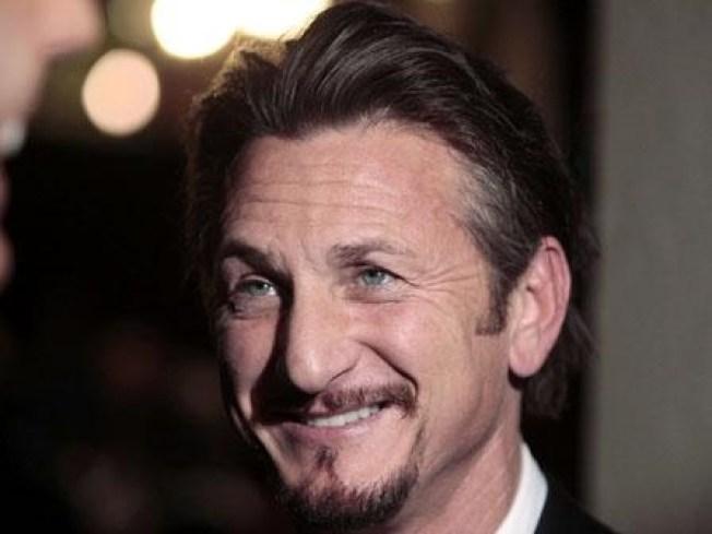 """Sean Penn Films """"Fair Game"""" Scene in the District"""