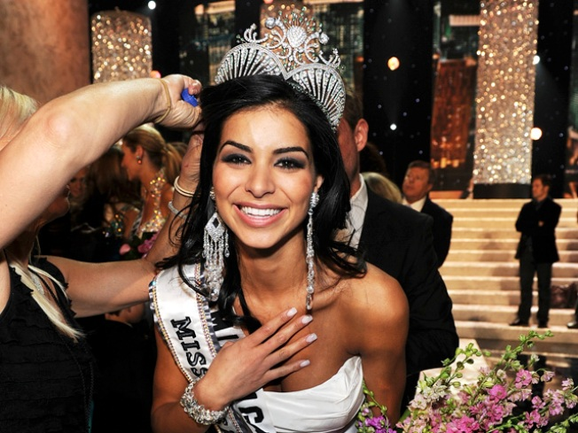 Ex-Miss USA Appears in Court on DUI Charge