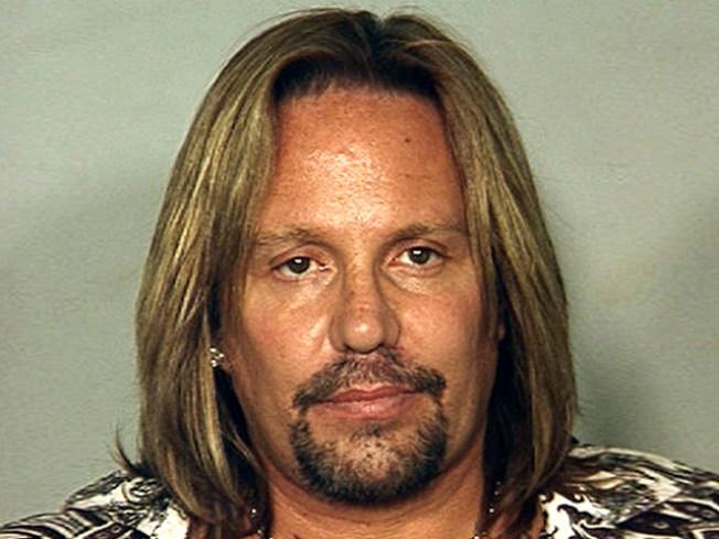 Motley Crue's Vince Neil to Serve 2 Weeks Behind Bars in Plea Deal