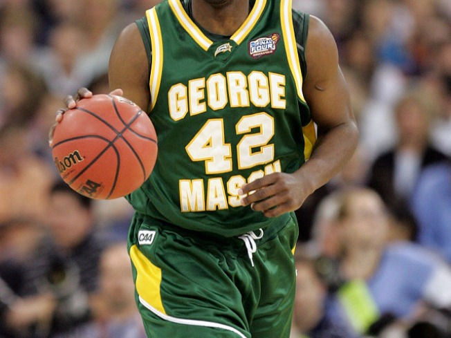 Mason, VCU Face Off on Facebook