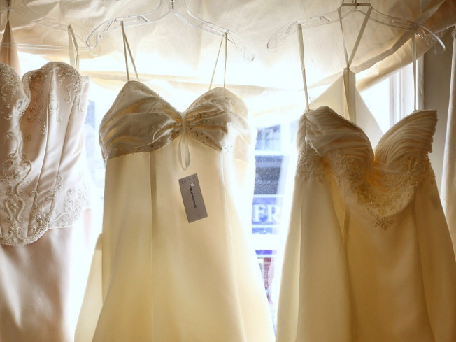 Bridal Sample Sale, With No Running Involved