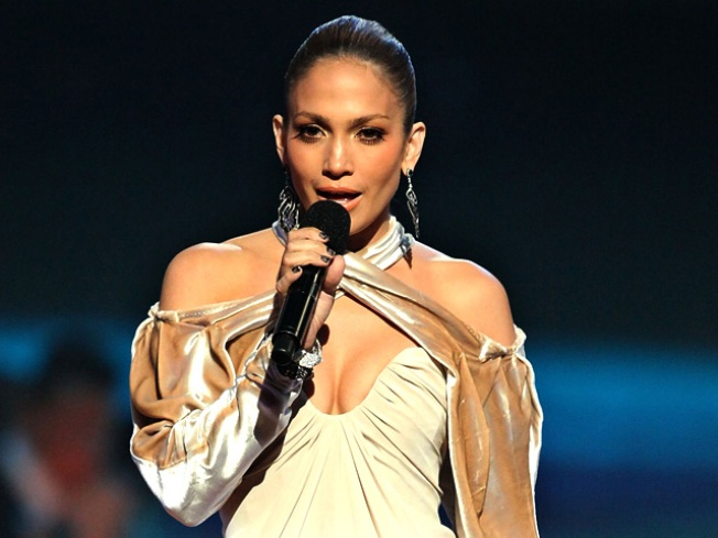 Jennifer Lopez Takes Over 'Lopez Tonight'