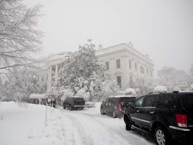 Hot Night Planned at Snowy White House