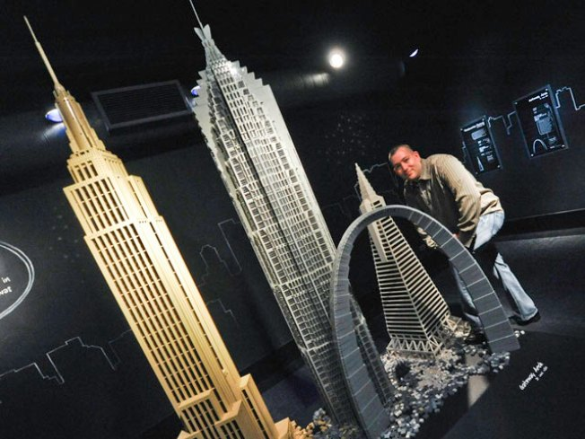 View Great Architecture - in LEGO Form