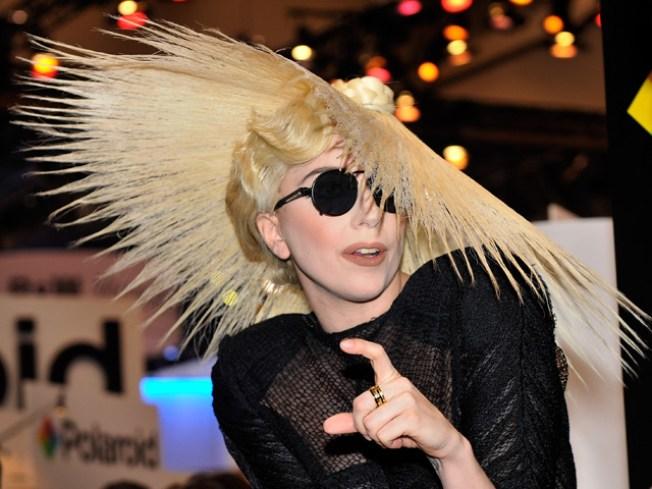 Lady Gaga Gaga-izes Oprah Winfrey