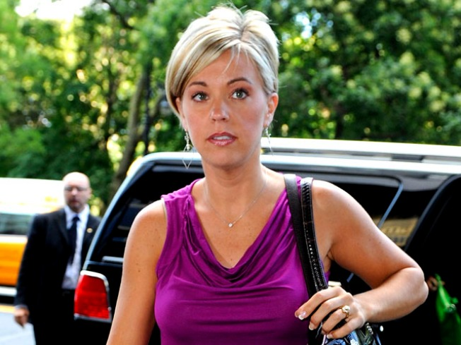 "Tidbits: Kate Gosselin is ""Beyond Angry"" at Jon"