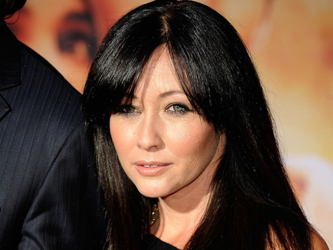 Shannen Doherty Talks 'Dancing' To Help Her Dad