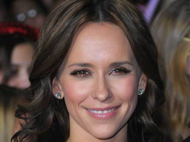 Jennifer Love Hewitt: I Was Cheated On For a Year And a Half