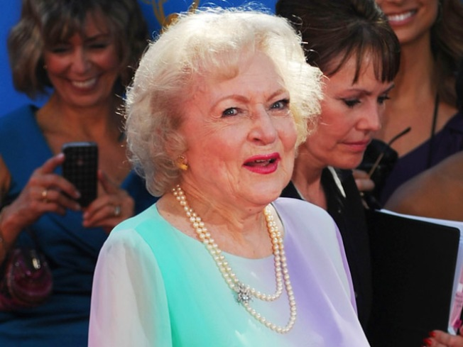 Smithsonian To Honor Betty White