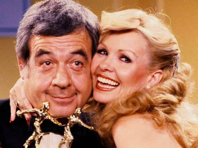 "Tom Bosley, Father on ""Happy Days,"" Dead at 83"