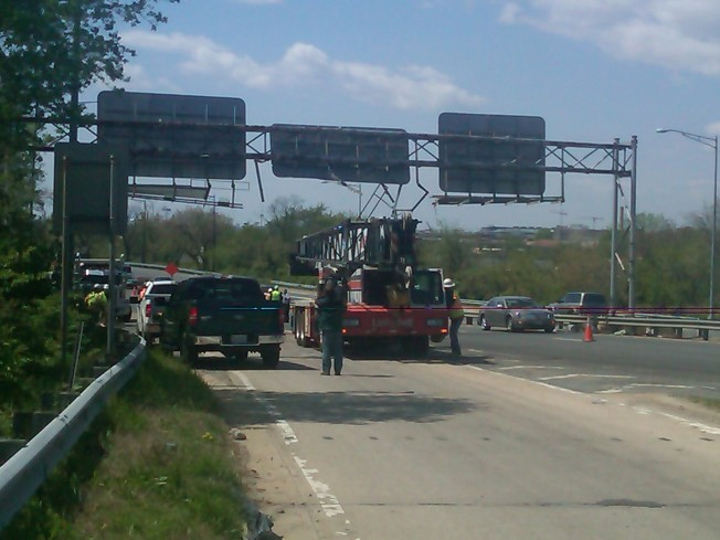 Dump Truck Hits Overhead Sign on Route 295
