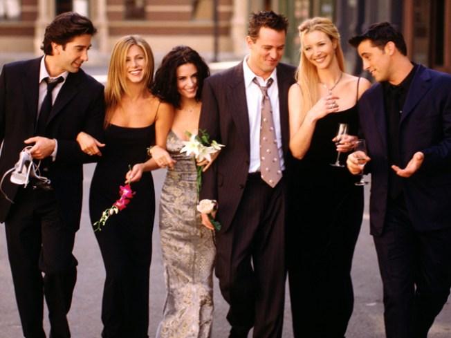 "Former ""Friends"" Matthew Perry, Matt LeBlanc Heading Back to TV"
