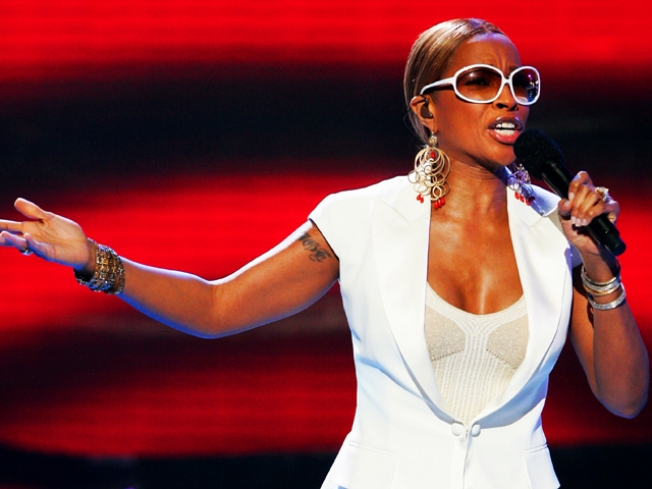 "Howard University: ""Happy To Work With"" Blige"
