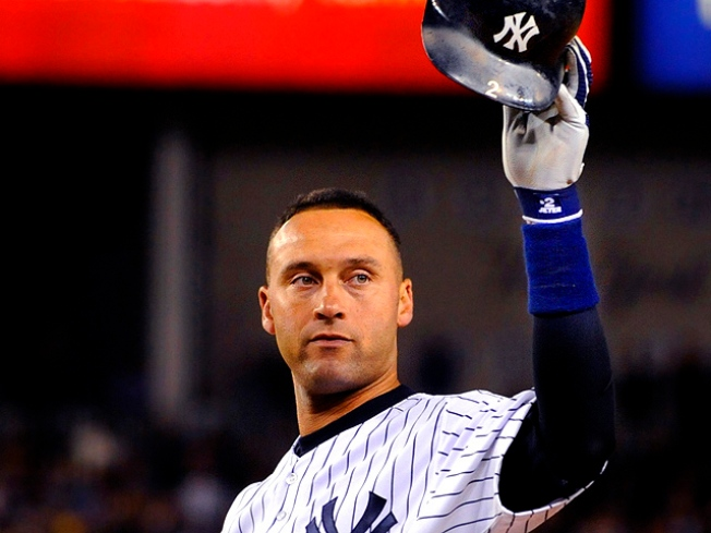 Jeter Matches Gehrig's Hit Record for Yankees