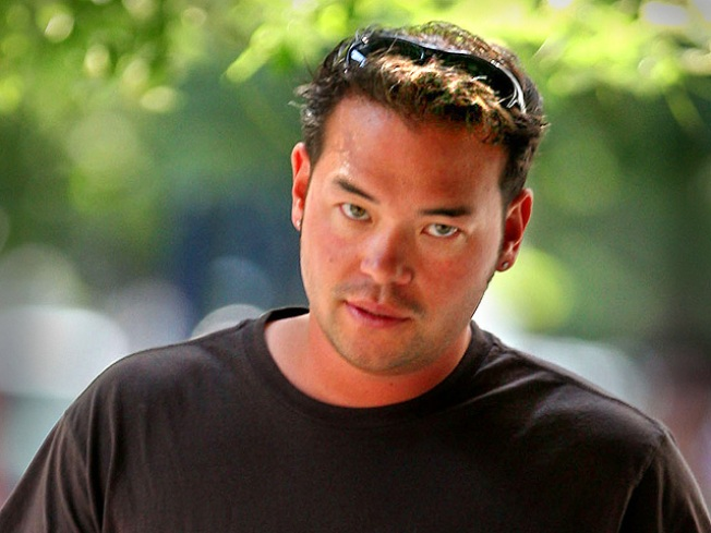 Jon Gosselin Hits Head, Gets Stitches