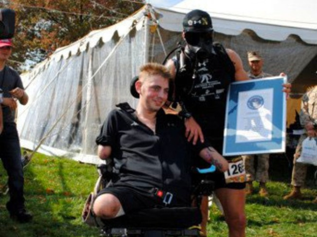 Marathon Runner Honors Wounded in Unique Way