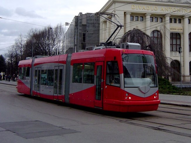 D.C. Streetcar to Debut at Showcase