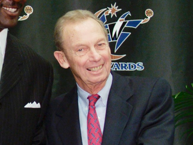Sports Icon, Philanthropist Honored at Verizon Center