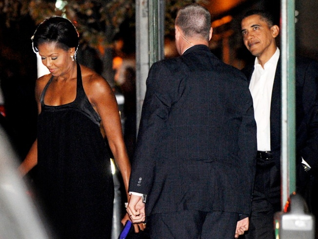 Obamas' Date Night: First Couple Dines Out for Anniversary