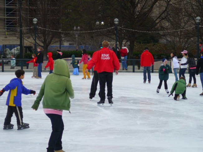 Sculpture Garden Ice Rink Opens This Weekend