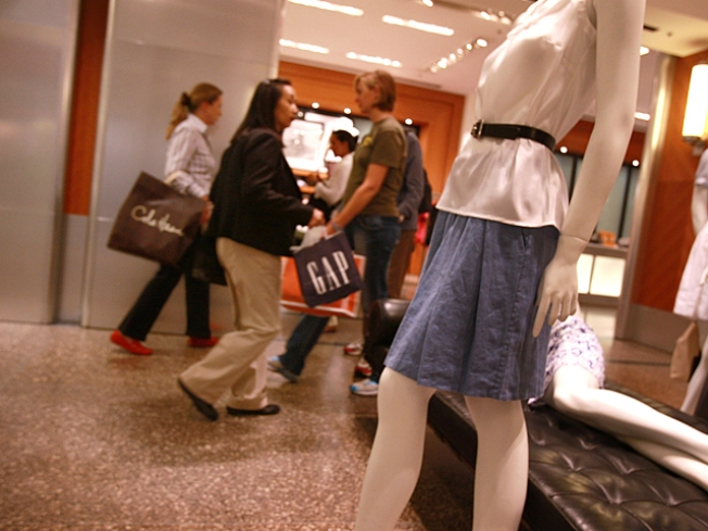 Consumers Start Spending Again Amid Grim Economy