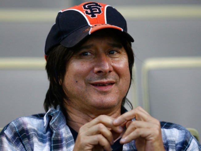 Steve Perry Would Prefer Dodgers Fans Stop Believing