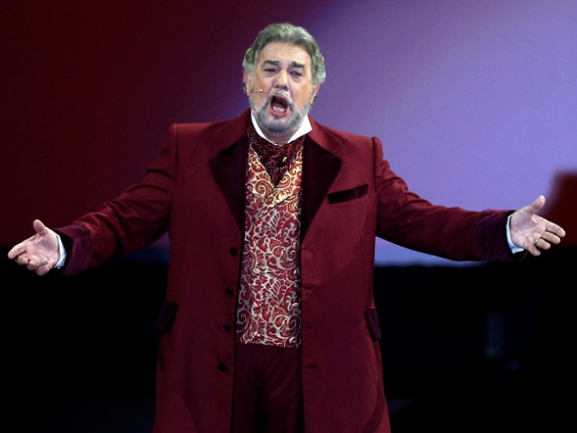 Domingo to Step Down From WNO When Contract Expires