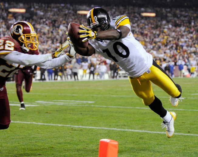 Steelers' D, Leftwich Lead Pittsburgh to 23-6 Victory