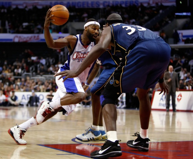 Wizards Gack One Away in L.A.