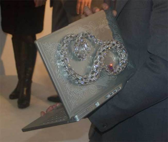 Dell Makes Bling Its Thing