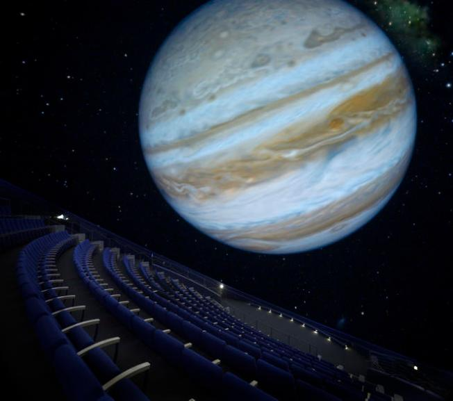 Family Fights to Keep Planetarium With or Without Fallen Astronaut's Name