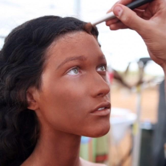 'America's Next Top Model' Creates Stir After 'Bi-Racial' Photo Shoot