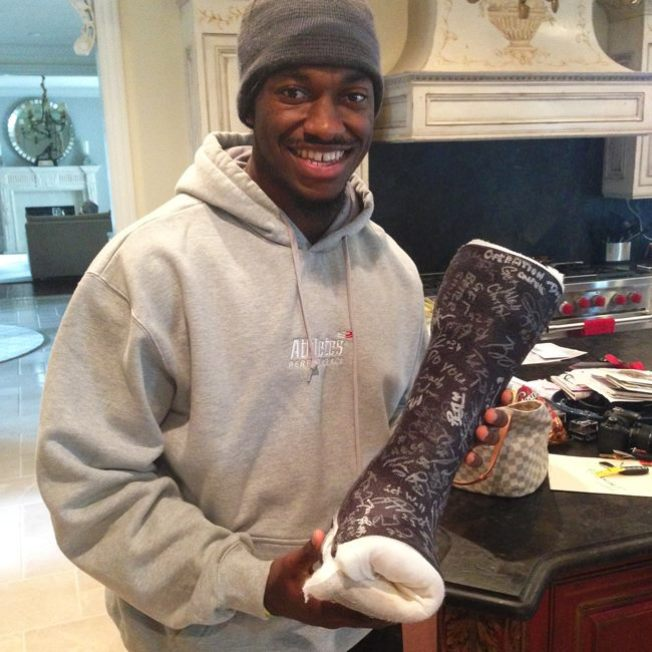 Podiatry Student Pays $1,522 for Robert Griffin III's Used Cast, Benefitting Charity