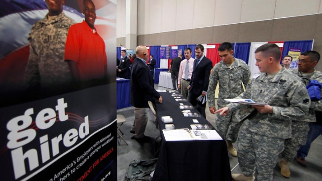 "'Hiring Our Heroes"" Event Held in Springfield"