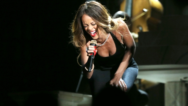 Rihanna Cancels Houston Concert Due to Illness