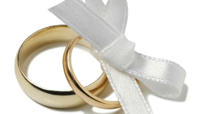 If It's OK for Women to Propose, Why Don't They?