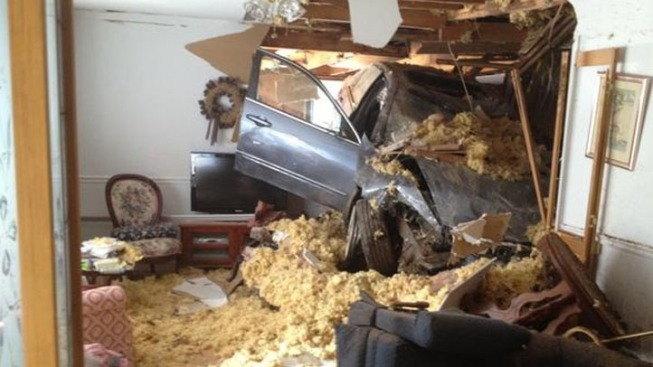 Car Plows Into Olney, Md. Home