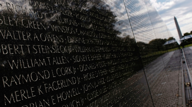 Georgetown Displays Vietnam Vets Wall Replica